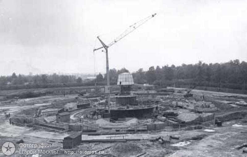 Котлован, место строительства Останкинской башни