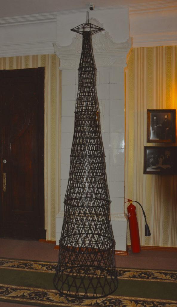 Модель Шуховской башни